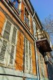 PLOVDIV, ΒΟΥΛΓΑΡΙΑ - 2 ΙΑΝΟΥΑΡΊΟΥ 2017: Παλαιά σπίτια στην παλαιά κωμόπολη στην πόλη Plovdiv Στοκ εικόνα με δικαίωμα ελεύθερης χρήσης