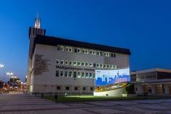 PLOVDIV, BULGARIA - 4 DE SEPTIEMBRE DE 2016: Opinión de la puesta del sol de la feria internacional Plovdiv Fotos de archivo libres de regalías