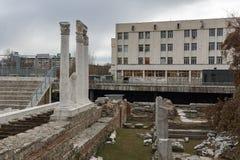 PLOVDIV, BULGARIE - 30 DÉCEMBRE 2016 : Panorama des ruines de Roman Odeon dans la ville de Plovdiv Photos libres de droits