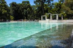 PLOWDIW, BULGARIEN - 10. JUNI 2017: Panoramablick von Gesang-Brunnen in der Stadt von Plowdiw Lizenzfreie Stockbilder