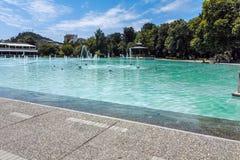 PLOWDIW, BULGARIEN - 10. JUNI 2017: Panoramablick von Gesang-Brunnen in der Stadt von Plowdiw Stockbilder