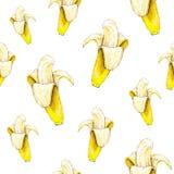 Plátanos en el fondo blanco Modelo inconsútil Ilustración de la acuarela Fruta tropical Trabajo hecho a mano Fotos de archivo