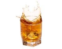 pluśnięcia whisky obraz stock