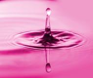 Pluśnięcia woda Wod krople Fotografia kropla kropla w wodzie Fotografia Stock