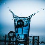pluśnięcie szklana woda Fotografia Royalty Free
