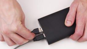 Plugging USB ports to powerbank