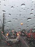 Pluie dans la voiture Photos libres de droits