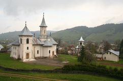 Pluie dans le monastère Images stock