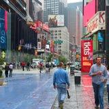 Pluie de Times Square Photo stock