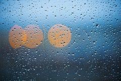 Pluie sur l'hublot Images libres de droits
