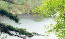Pluie sur le lac Photo libre de droits