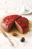 Plum Cake de cabeça para baixo Fotografia de Stock Royalty Free