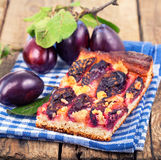 Plum cake with fresh plums Royalty Free Stock Photography