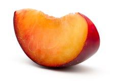 Plum Slice vermelha fresca Imagem de Stock