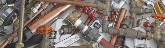 Plumber& x27; insegna del sito Web dei tubi e dei montaggi di s Fotografia Stock Libera da Diritti