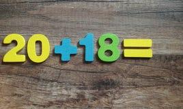 20 plus 18 är Begreppet av ett nytt år 2018 Arkivfoto