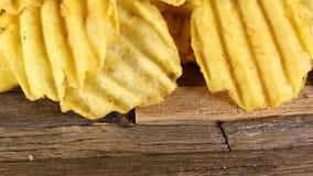 pluskoczącej chip ziemniaka zbiory wideo