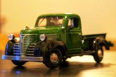Plymouth-de automodel van Vrachtwagen 1941 Oldtimer Stock Foto's