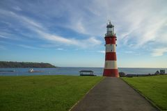 Plymouth röd och vit fyr Arkivbilder