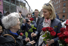 PM HELLE THORNING-SCHMIDT MEETS VOTERS Royalty Free Stock Photography
