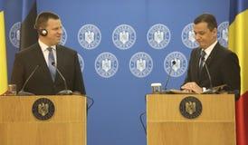 PM Sorin Grindeanu - PM Juri Ratas foto de stock royalty free