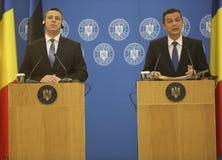 PM Sorin Grindeanu - PM Juri Ratas 免版税库存图片