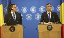 PM Sorin Grindeanu - PM Juri Ratas Royalty-vrije Stock Foto's