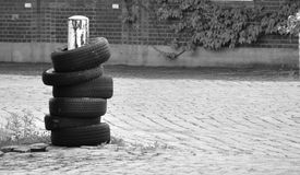 pneu - amortisseur Image stock