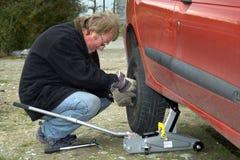 pneu changeant Photos libres de droits