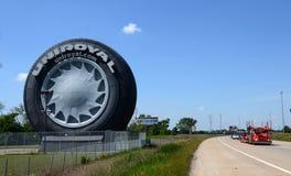 Pneu géant d'Uniroyal près de Detroit, MI Images libres de droits