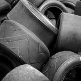 Pneumáticos usados do carro de competência Fotos de Stock Royalty Free