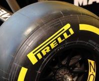 Pneumatico della corsa di Pirelli a Parigi fotografie stock