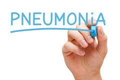 Pneumonia escrita à mão com marcador azul Imagem de Stock Royalty Free