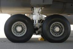 Pneus de aviões Imagens de Stock