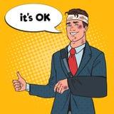 PNF Art Beaten Businessman com sorriso enfaixado do braço Homem Fotografia de Stock