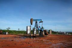 Poço de petróleo Fotos de Stock Royalty Free