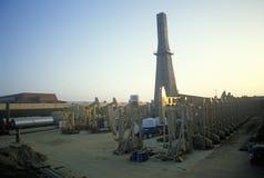 Poço de petróleo urbano em Torrance, Delamo Empresa, CA Foto de Stock Royalty Free
