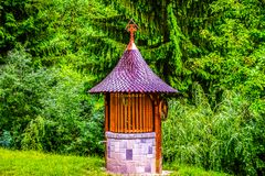 Poço tradicional do monastério foto de stock royalty free