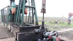 Poços de petróleo video estoque