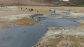 Poços geotérmicas da lama de Krafla video estoque