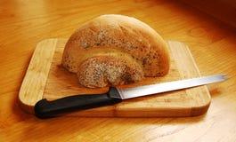 Połówka Białego zawijasa Chlebowego bochenka Zdjęcie Stock