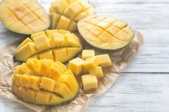 Połówki mango zdjęcia royalty free