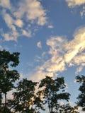 Położenia słońca chmury Zdjęcia Royalty Free