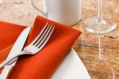położenie restauracyjny stół Zdjęcie Royalty Free