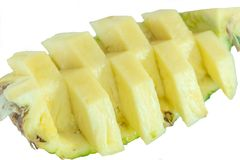 połowa ananasy Ananasowy plasterek odizolowywający na bielu opuszczać ananasa Pełna głębia pole Fotografia Stock