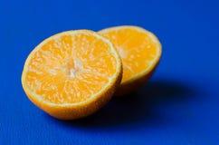 połowa się pomarańcze Obrazy Royalty Free