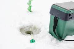 Połowu lodu i prącia śruby na lodzie Fotografia Stock