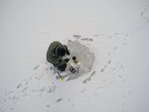 połowu rybi lód właśnie kłama Russia Transbaikalia łapać w pułapkę zima obrazy royalty free