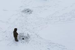 połowu rybi lód właśnie kłama Russia Transbaikalia łapać w pułapkę zima Obraz Stock