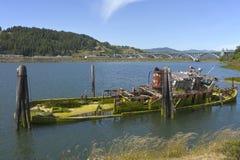 połowu zaniechany łódkowaty wrak obrazy stock